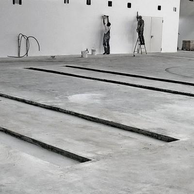 Ausfräsen von Betonfußboden