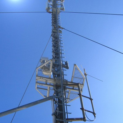 Blitzschutz für Telefonmasten
